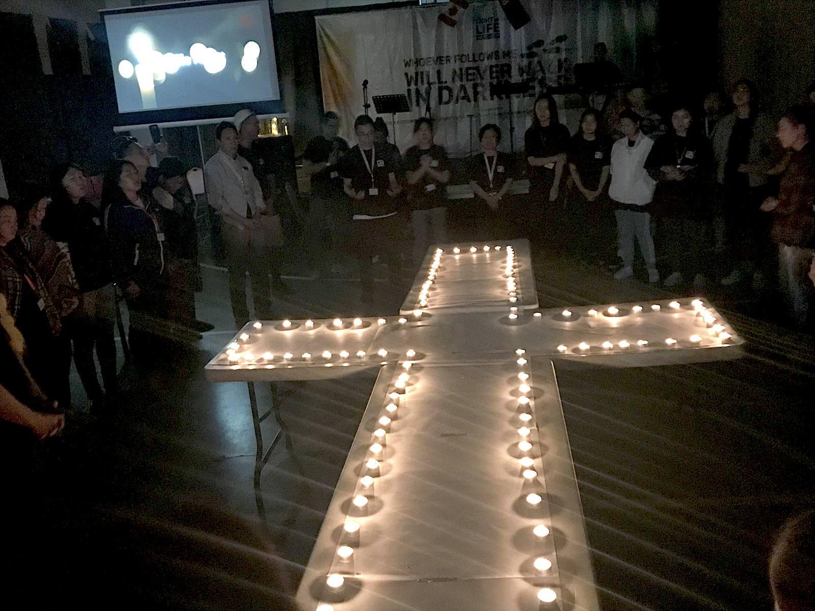 ,蒙古青年人接受耶穌基督為救主